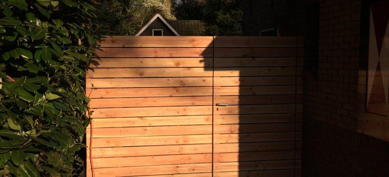 Geluiddempende douglas houten schutting