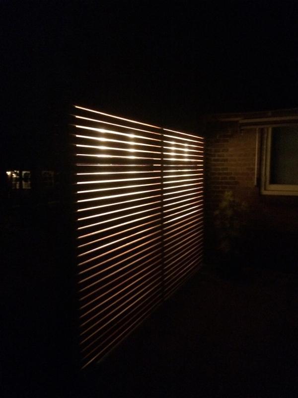 Douglashouten latwerk met verlichting